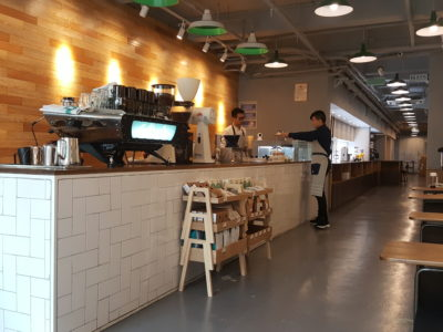 Top 6 Cafe In Shanghai, Highly Recommended, Must Visit - Ming Qian Cafe Counter