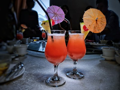 Peony Jade Introduces Red HOT Chilli Crabbers Set Lunch, Clarke Quay Singapore - Singapore Sling