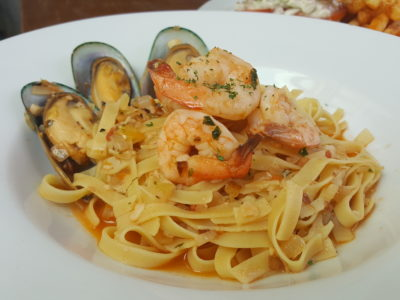 Toby's The Dessert Asylum, Family Oriented Cafe In The West At TradeHub21 - Prawns & Mussels Tagliatelle ($17.90)