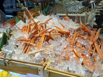 Sea & Blue Buffet Restaurant At Marina Bay Sands Offering Over 100 Dishes - Crab