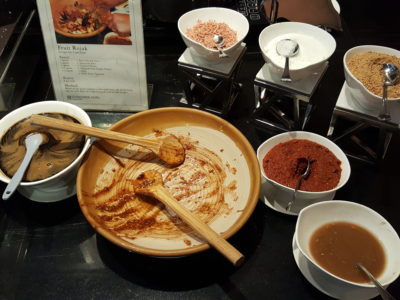 Spices Cafe Singapore Flavours Buffet Lunch At Concorde Hotel - Rojak 'Live' Station