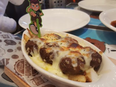 The Soup Spoon Union x Cartoon Network Cafe At Punggol Waterway Point Featuring Powerpuff Girls, Ben 10, Adventure Time and We Bare Bears - Ben10 Baked Fries & Meatballs ($8.90)