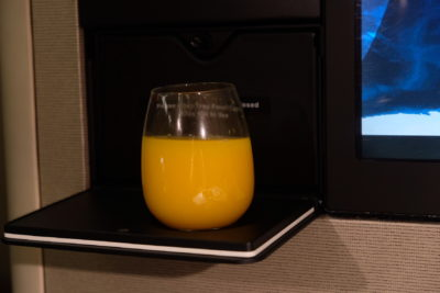 Business Class On A380 Singapore Airlines, SQ336 From Singapore To Paris - Orange Juice
