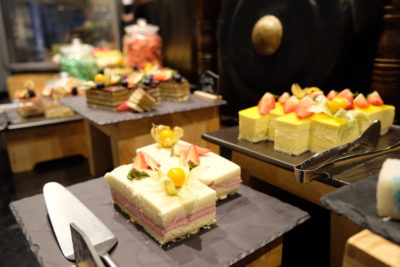 Straits Cafe @ Hotel Rendezvous Launching Favourites Of The Straits Buffet Spread - Cakes