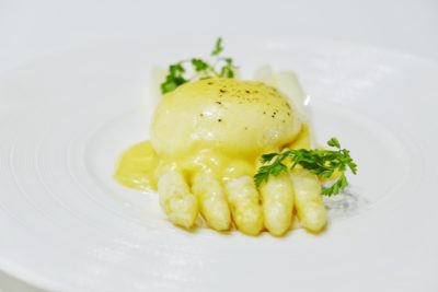 Pool Grill Presents The White Asparagus, The Prized Spring Delicacy, At Singapore Marriott Tang Plaza Hotel - Steamed White Asparagus with Poached Egg & Hollandaise Sauce ($22++ per portion)