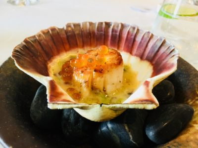 Stellar at 1-Altitude 4 Hands Kitchen, Meet Your Farmer - Hand Dived Japanese Scallop with Seaweed and Finger lime