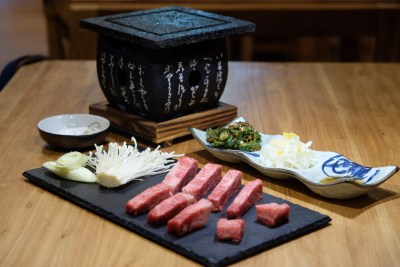 Yuzutei At Pasir Pahang Road Offers Flavourful Yuzu Shabu Shabu And Hot Stone Grill - Signature A5 Ishiyaki Hot Stone Grill Set ($45/100g)