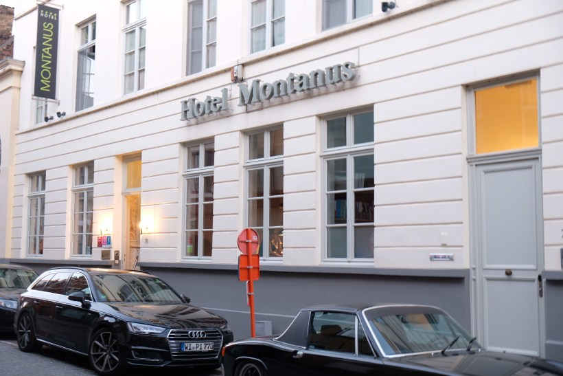 Hotel Montanus In Bruges, A Homely Feel Hotel With Warm And Friendly Hotel Crew - Facade