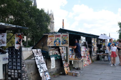 Paris Must Visit Attractions And Places Of Interests - The Bouquinistes