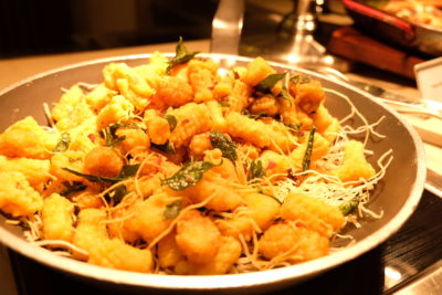 Go Local Buffet At Four Points Eatery In Four Points By Sheraton Singapore Riverview - Salted Egg Squid
