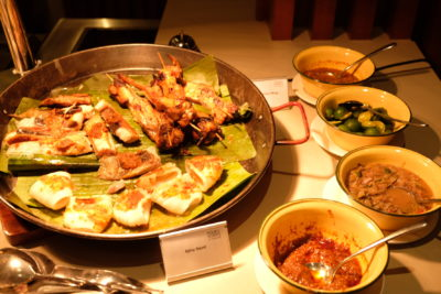 Go Local Buffet At Four Points Eatery In Four Points By Sheraton Singapore Riverview - BBQ Seafood and Wings