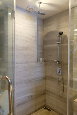Crowne Plaza Shanghai Noah Square In Putuo - Shower area