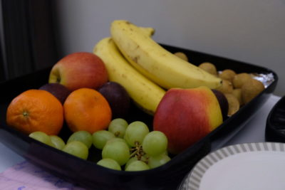 Singapore To Mumbai On SQ424 Business Class, Airbus A380-800 - Fruit From The Basket