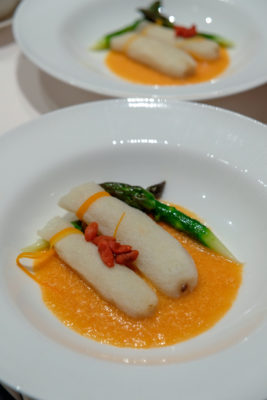 Sri Lankan Crab Feast At Wan Hao Chinese Restaurant, Singapore Marriott Tang Plaza Hotel - Sauteed Asparagus and Bamboo Pith Stuffed with Crab Meat 双蟹芦笋竹笙卷