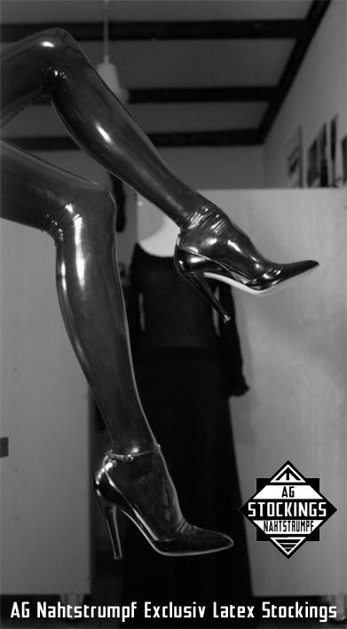 FF seamed latex stockings