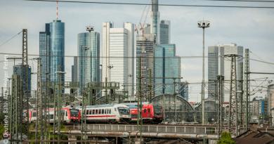 Umfangreiche Gleisbauarbeiten im Bereich der Main-Neckar-Brücke