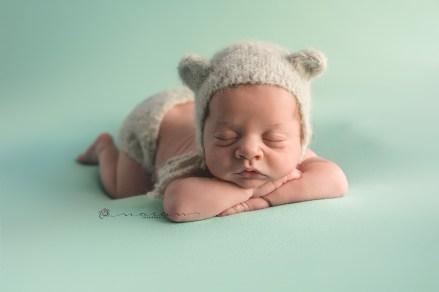 Newborn V-47_PEQ