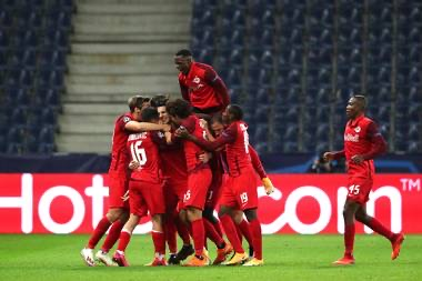 Salzburg let Lokomotiv Moscow off the hook in 2-2 draw