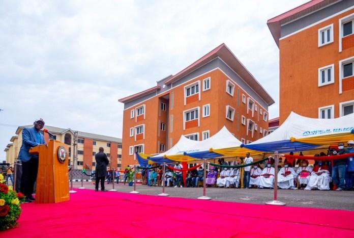 Sanwo-Olu gives Nollywood's mama Awero free apartment, commissions 360 housing units in Ikorodu