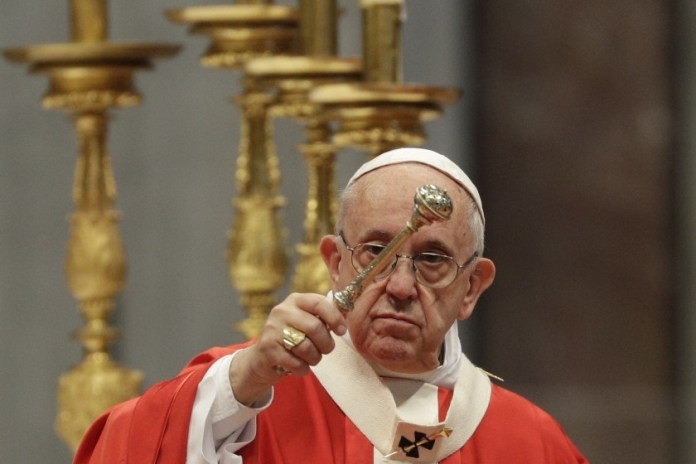 Vatican: Catholic priests, ministers reject pressure to bless same-sex unions, says God 'does not and cannot bless sin',