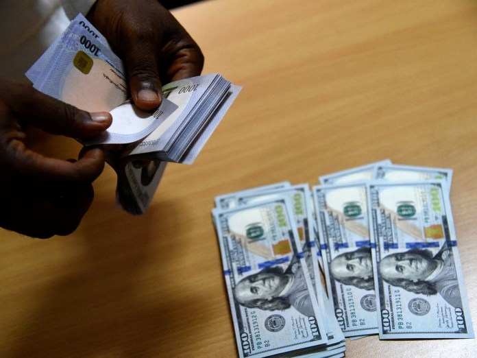 Nigeria extends Naira for dollar scheme as foreign currency reserve rises