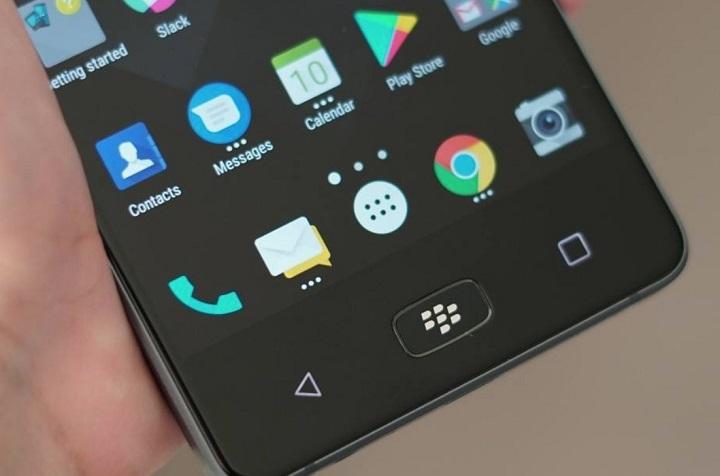 blackberry motion front
