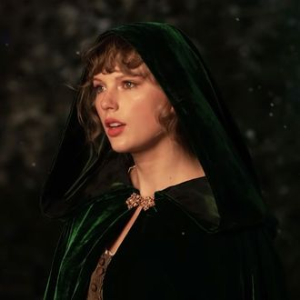 Taylor Swift evermore Deluxe Version album ep download