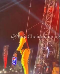 "Davido Enters The Stage From Above At His ""City Of David"" Concert"