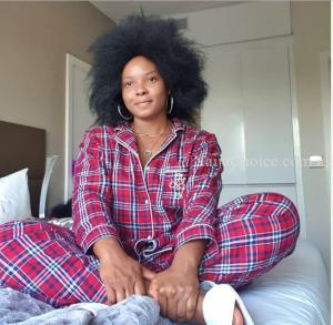 Yemi Alade Shares No Makeup Picture, Shows Off Her Natural Hair