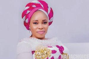 "Gospel Artiste, Tope Alabi Reacts After Getting Bashed For Dancing Like A ""Marlian"" At A Party 