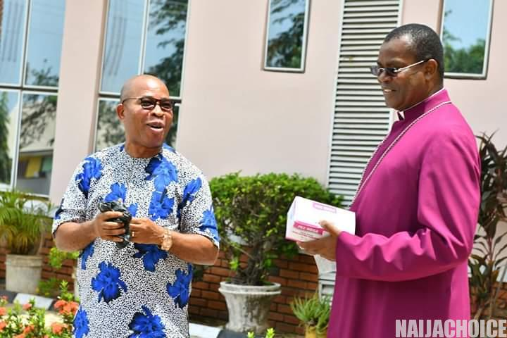 Anglican Church Shares Food Items Worth N30 Million In Onitsha (Pictures)