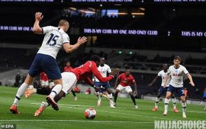Fans Go Wild For Pogba's Incredible Volleyed Pass To Rashford On Social Media