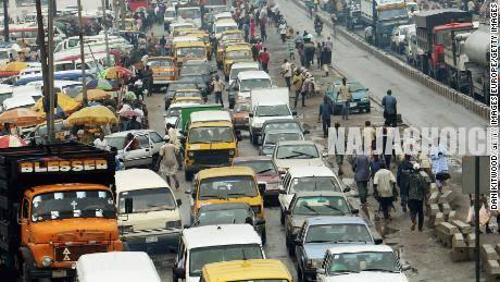 Lagos Traffic Trapped Groom's Parents, Delayed Marriage For Seven Hours