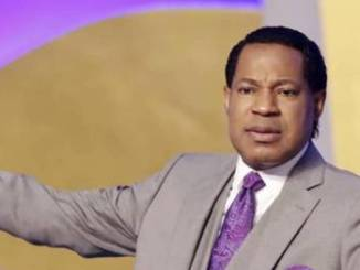 Pastor Chris Oyakhilome Condemns Christians Taking COVID-19 Vaccines