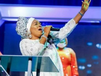 """""""This is jealousy and envy"""" – Tope Alabi dragged to filth for condemning song, 'Oniduro mi' by Adeyinka Alaseyori (Video)"""