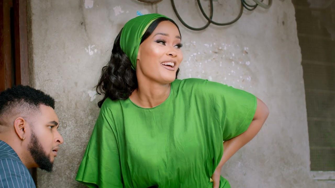 Hamisa Mobetto Ft. Seneta Kilaka – Ex Wangu (Remix) mp3 download