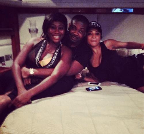 tiwa4 500x466 Tiwa Savage,Husband And Friends Go On Boat Cruise In Dubai (Photos)