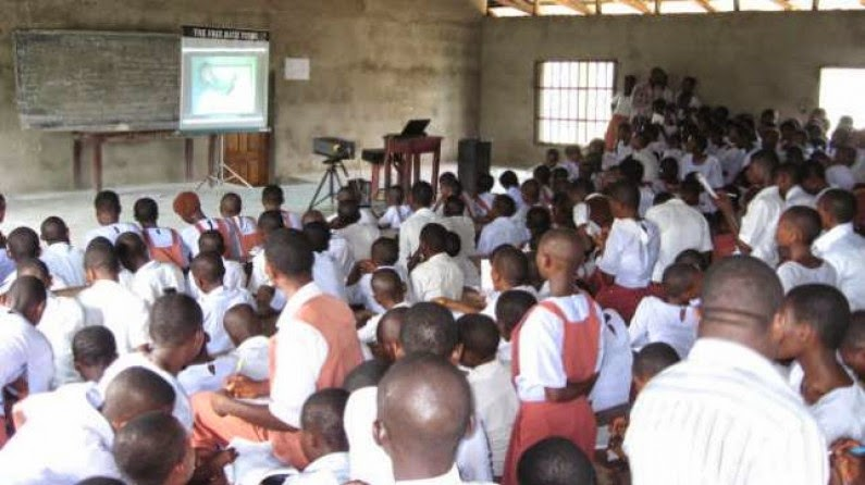 FG Postpones Resumption Of Primary & secondary schools To Oct. 15th