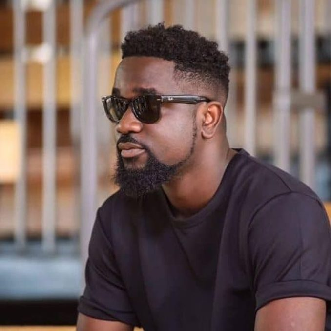 """TRENDING!!! """"You Cheated On Your Wife"""" – Shatta Wale Slams Sarkodie 1"""