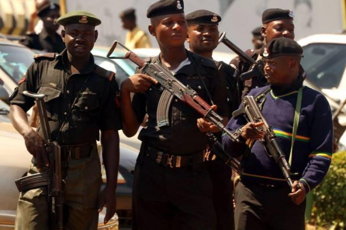 police oyo 700x466 - 2 Vigilante Members Arrested For Robbery, Murder In Abraka