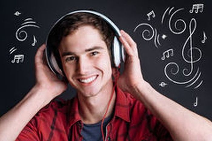 MUSIC LOVERS!!! What 2020 Song Can You Recommend To Someone?