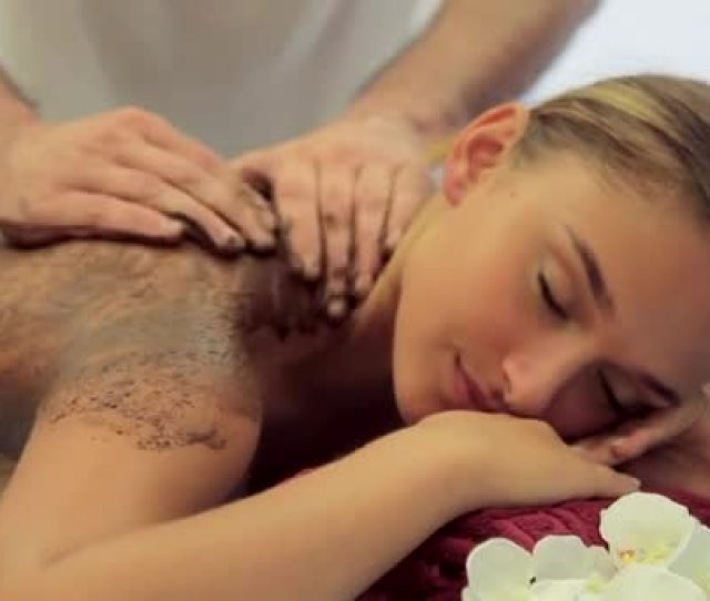 Video Of The Day Guys Would You Let Your Girl Get This Kind Of Massage From A Guy Naijaloaded