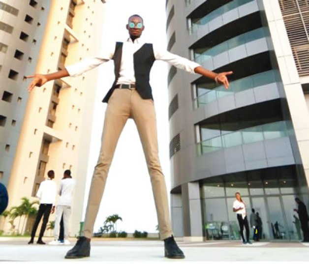 """My Height, My Greatest Asset"" — Tallest Model In Nigeria"
