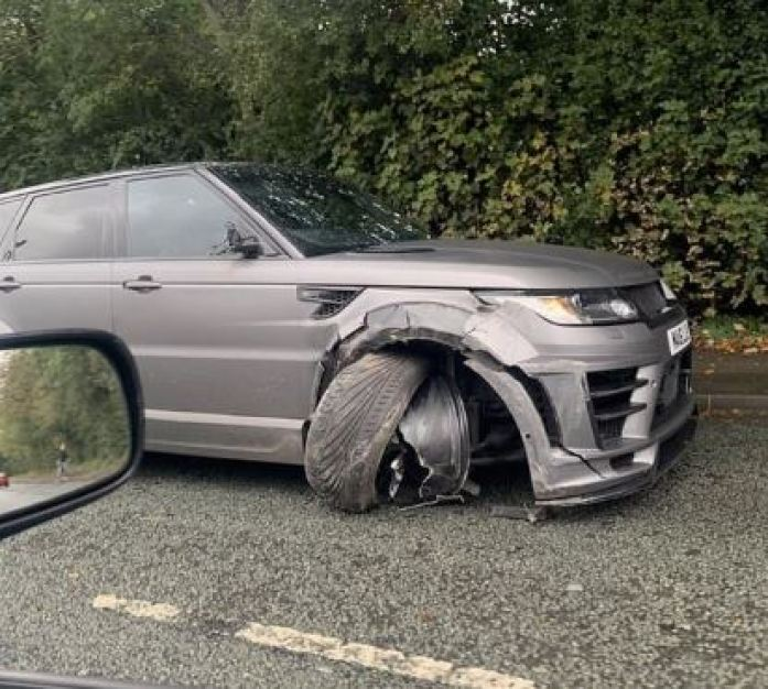 Manchester City Striker Sergio Aguero Involved In Car Crash While On The Way To Training (Photos) 3