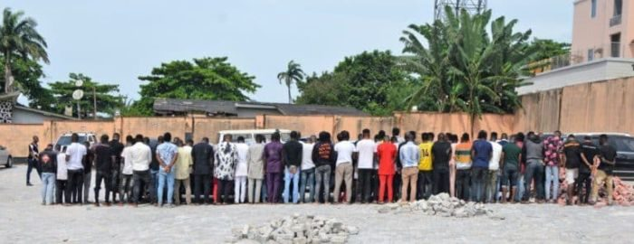 [Crime Watch] EFCC Storms Osogbo Night Clubs, Arrests 94 Suspected Yahoo Boys And Seizes About 45 Cars (Watch Video) 4
