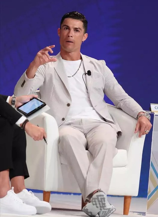 See How Cristiano Ronaldo Reacted To Death Of Nba Legend, Kobe And His Daughter Gianna