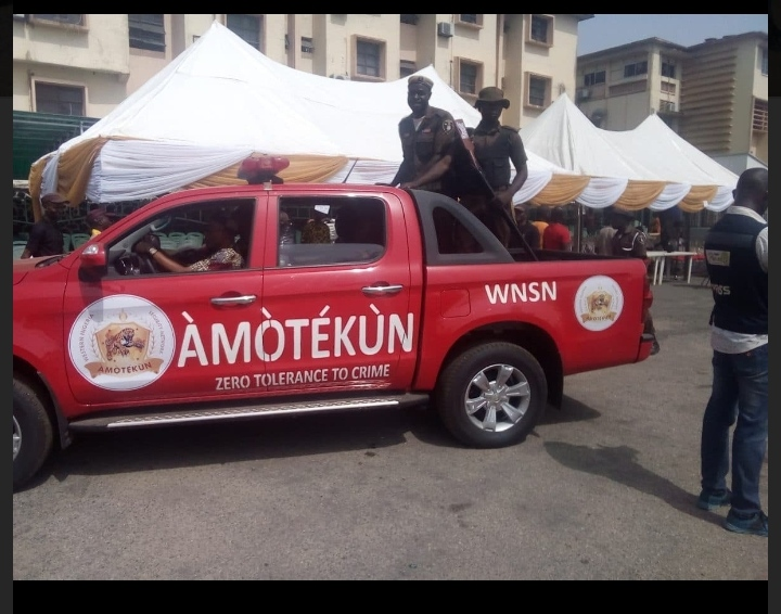 Amotekun Officers Open Fire In Oyo, Two Killed others Injured