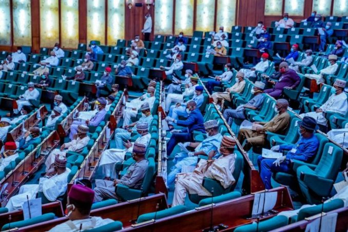 Photos: All Masked Up As Lawmakers Resume Plenary 5