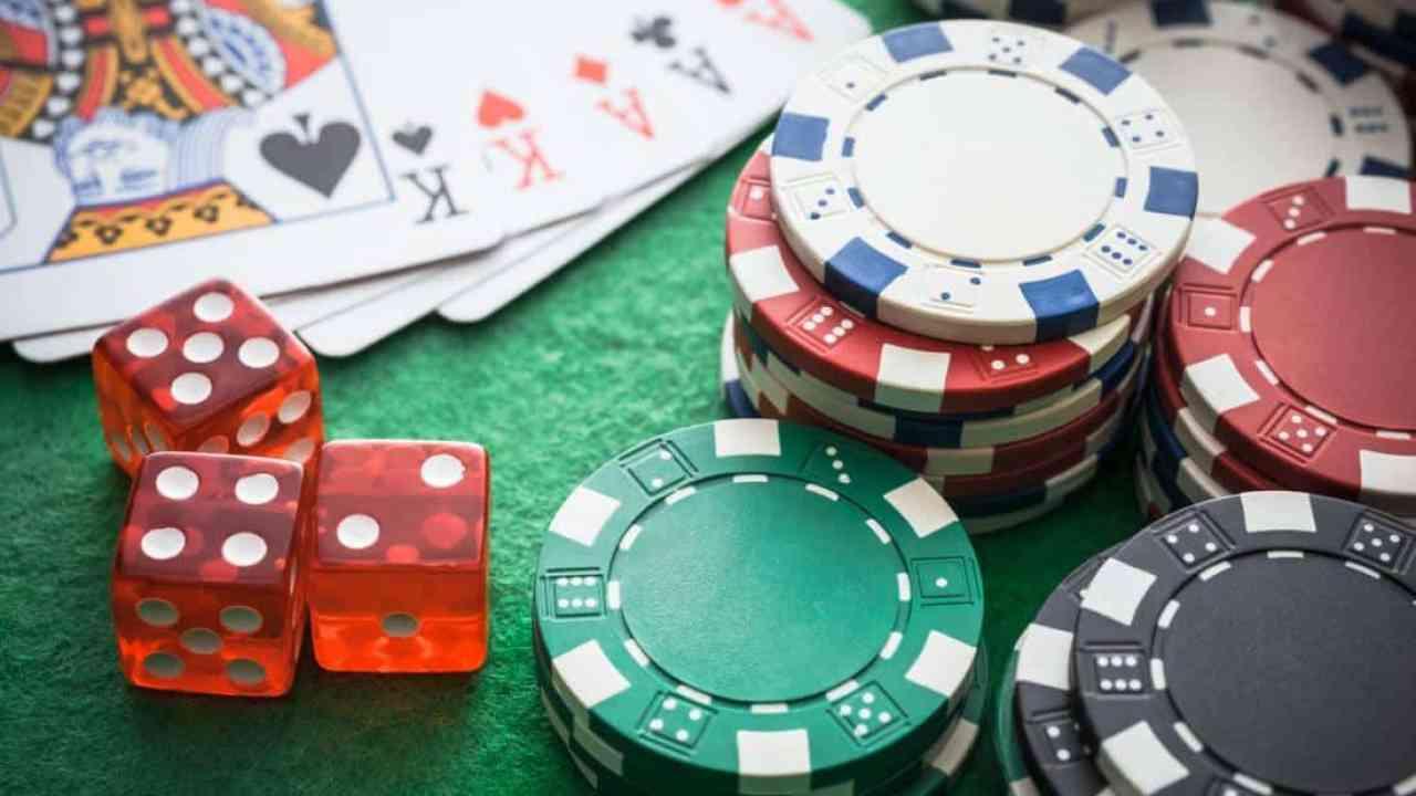 Jugar al poker del gobernador 2