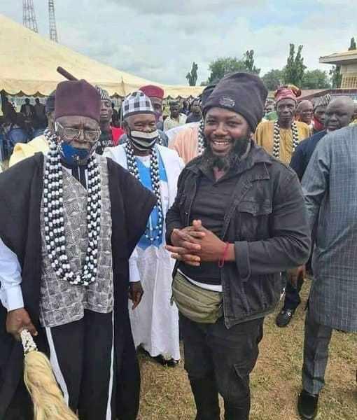 Gana: I'm Happy He's dead, – Elder brother
